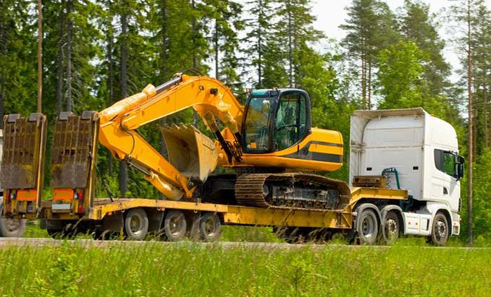 Heavy-Equipment-Transportation-Logistics